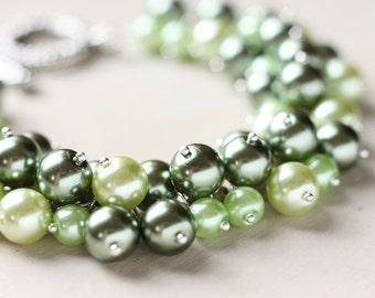 Green Wedding Pearl Cluster Bracelet - Forest Green