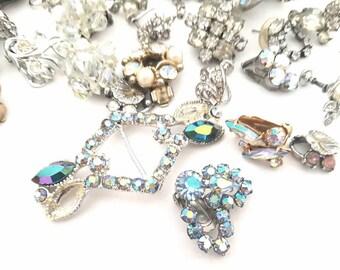 Vintage crystal & rhinestone, embellishments, decorations, gems, brooches, earnings, Jewelry
