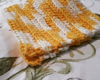 Package of 3 dishcloths. In to me for spring.