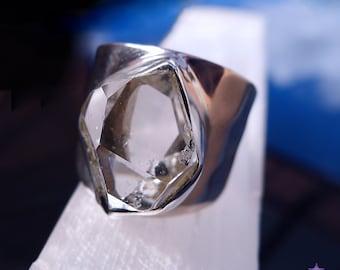 BAGUE en diamant HERKIMER serti en argent massif - taille 8,5 (T1/2)