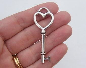 2 Key pendants antique silver tone K50