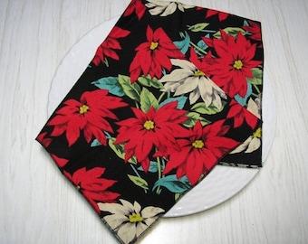 Christmas Poinsettia Cloth Napkins Red Cream on Black Set of 4