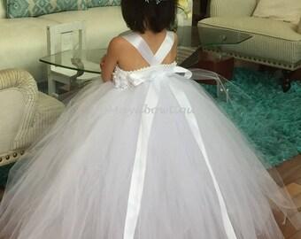 Flower girl dress, white tutu dress, wedding dress toddler, wedding dress baby girl, wedding tutu dress, tutu dress for toddler girl,