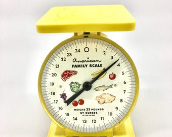 Vintage American Family Yellow Scale. Vintage Kitchen Scale. Yellow Scale