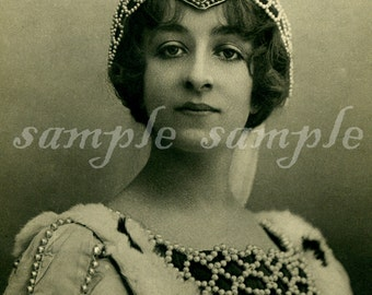 VINTAGE photo DIGITAL DOWNLOAD princess queen crown Printable Antique Photograph Victorian Beautiful Woman Gypsy Princess