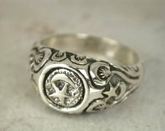 Sterling Silver Crescent Moon and Stars RING