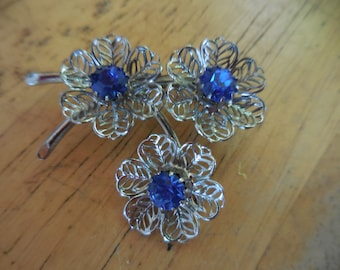 Vintage 1950s to 1960s Silver Tone Filigree Three (3) Flower Pin/Brooch Blue Rhinestones