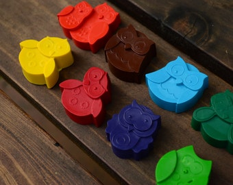 Owl Crayons set of 12 - Owl Party Favors - Owl Party - Owl Birthday Party Favors - Owl Crayons - Shaped Crayons - Owl Gifts - Owls - Crayons