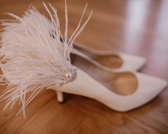 Feather shoe clips, wedding shoe clips, white shoe clips, transferable shoe clips, elegant shoe clips, wedding shoes, personalized shoes