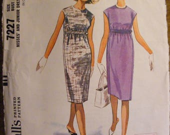 "Vintage Junior Sleeveless Slim Dress Size 11 Bust 31 1/2"" McCall's Sewing Pattern 7227"