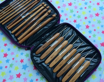 Bamboo Crochet Hook Set of 20 with storage case, sizes 1mm-10mm