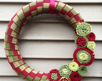 Christmas Wreath, Modern Wreath, Felt Flower Wreath, Holiday Wreath, Christmas Wreath, Ribbon Wreath, Vintage Christmas, Holiday Felt Wreath