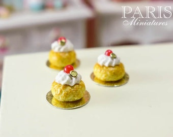 Rum Baba - French Pastry in 12th Scale