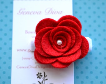 Felt Rosette Hairclip in Red
