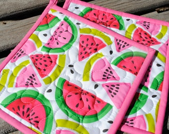 Quilted Potholders, Fruit Potholders, Gifts under 20 Dollars, Set of 2 Hotpads, Pot Holder, Hostess Gift, Novelty Pot holders, Shower Gift