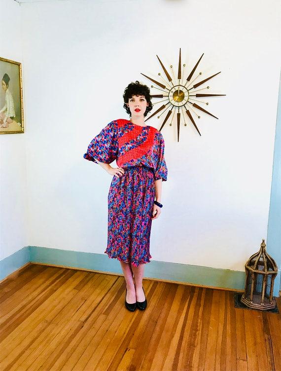 DIANE FREIS dress, Vintage 80s dress, Floral Abstract Print, Blue Red, Travel Dress, Accordion pleats, Gypsy scarf Dress, flowy Boho dress