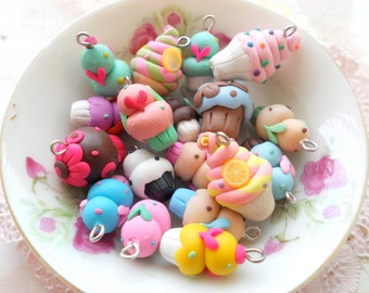 WHOLESALE SALE assorted cupcakes you choose your own 200 pcs