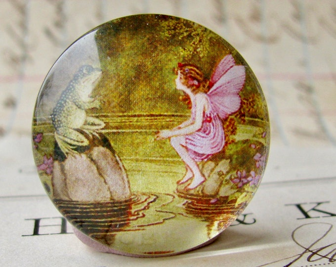 Fairy and Toad, handmade 25mm round glass cabochon, fantasy stories, bottle cap, 1 inch, from our Winged Wonders collection