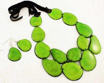 Green Statement Necklace and Earring Set - Lime Bib Necklace - Chunky Necklace - Tagua - Green Necklace - Eco Friendly Jewelry 1011