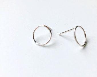 Silver Circle Stud, Circle Studs, Silver Studs, Minimalist Silver Earrings, Minimalist Silver Studs, Circle Earrings, Circle Earrings
