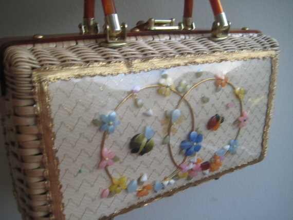 Windowpane Wicker with Lucite Flowers