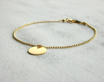 Delicate bracelets - the top model in the category of casual chic!