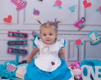 Alice in Wonderland Dress Toddler / Onederland 1st Birthday / Baby Girls First Birthday Outfit / in ONEderland / Tea Party