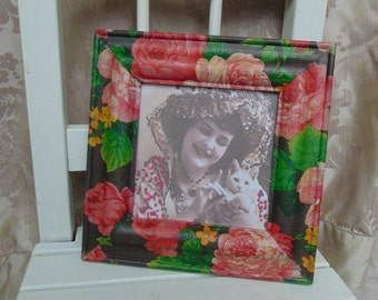 Shabby Chic Vintage image floral picture frame Black Pink Rose