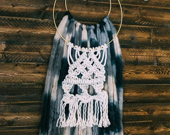 Macrame Hanging Wool and Rope