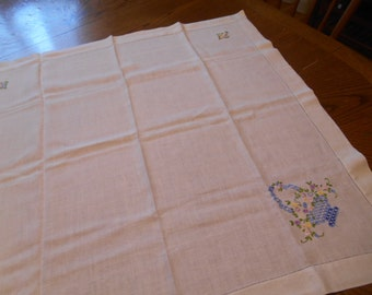 Beautiful Linen Table Topper / Tablecloth with embroidery