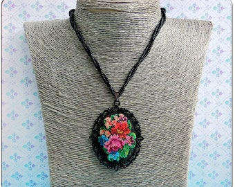 Micro embroidery Flowers necklace, Embroidered necklace, Hand Embroidery, Gift for women, Valentine's day, Birthday, embroidered  jewelry