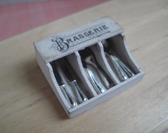 Dollshouse miniature cutlery box,  Miniature kitchen box, one inch 1:12 scale,  Dollhouse table, miniature cutlery