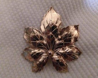 Vintage Sarah Coventry maple leaf brooch