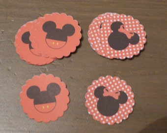 Lot of scalloped round labels form of mickey and minnie for decoration dragees, bottles, packaging gifts