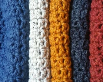 CHOOSE your color -Handmade Cowl Scarf - Cozy Neck Warmer - Warm and Stylin - Bulky Knit - crochet