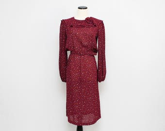 70s Burgundy Novelty Print Dress - Size Medium - Vintage 1970s Ruffle Neck Secretary Dress