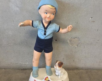 Buster Browns Little Boy with Dog Display (DXBWKF)