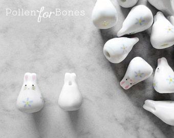 2pcs ∙ Blue Porcelain Easter Bunny Bead Ceramic Animal Beads Rabbit Zodiac Jewelry Supplies