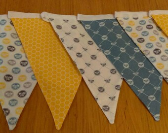 Bees bunting