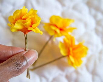 Set of 3 Marigold Yellow Blossom Bobbies // Small Luxury Hair Flowers on Metallic Gold Pins / Classy Hair Styling Products