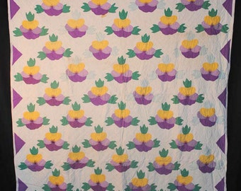 Vintage Quilt Appliqued Pansy Quilt Unused 1930's