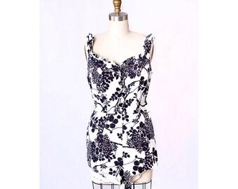 1950s Fashion / 1950s Swimsuit / Vintage 1950s Swimsuit / 50s Bathing Suit / Viva Las Vegas / Black and White Swimsuit