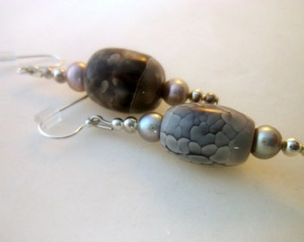 Gray Agate Pearl Dangle Earrings, Modern Hip Organic Style, Handmade Earrings, Dangle Gray Silver,  2 inch
