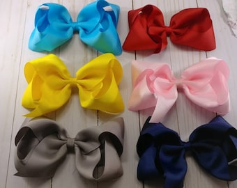 """5 southern style 6"""" bows."""