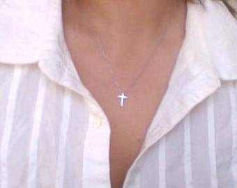 Tiny Cross necklace - Small Cross necklace