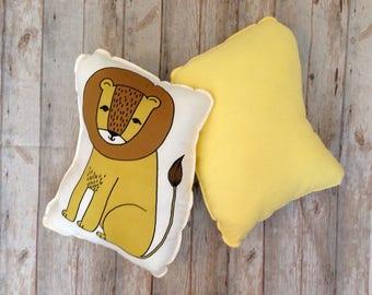 LION pillow, Lion cushion, Lion throw pillow, kids room decor, baby room decor, cute kids pillow, cute lion pillow, wild safari decor