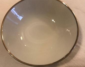 "Haviland cream and gold dessert bowls (8), 4,5"""