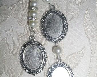 Ivory Vintage Inspired Triple Photo Frame Charm/Wedding/Bridal/Bouquet