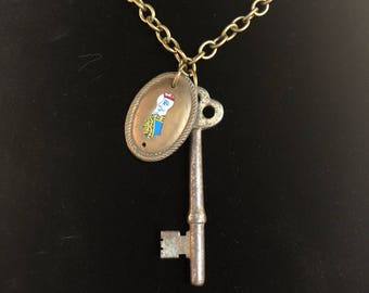 Antique Key and Keyhole Pendant Necklace - Steampunk - Eclectic - King -