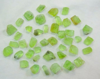 Natural Peridot Crystals Size====10x9x7mm to 13x10x7mm